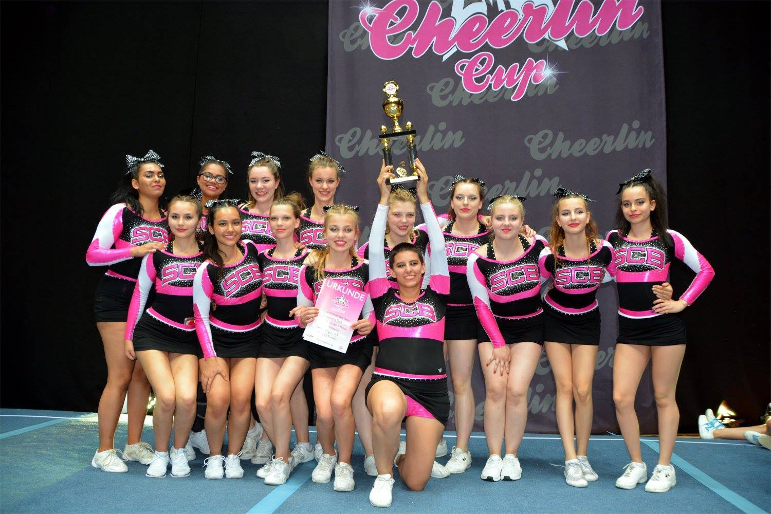 Cheerlin Cup3